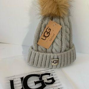 NIP UGG Faux Fur Pom Beanie - Grey